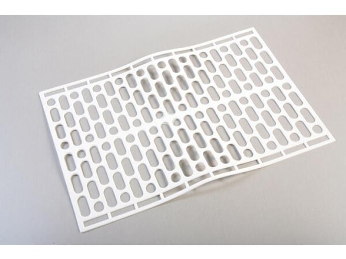 משטח פלסטיק למקרר