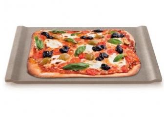 אבני שמוט ותבניות לפיצה