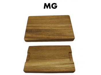 קרש חיתוך MG עבה עשוי במבוק במידות 40X30X4 ס